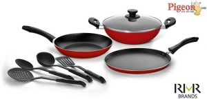 10. Pigeon Favorite Gift Set of Cookware Set